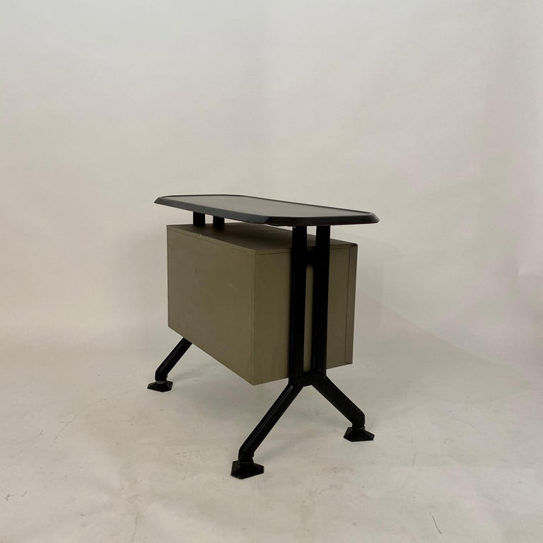 Midcentury Sideboard Office Cabinet by B.B.P.R. Arco for Olivetti, Italy, 1963 For Sale 9