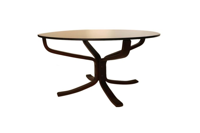Norwegian Midcentury Sigurd Resell Rosewood Falcon Coffee Table For Sale