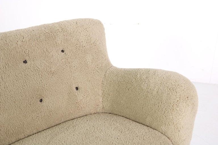 Midcentury Sofa, Denmark 1950s, Teddy Fur & Tufted Leather, Mogens Lassen Style For Sale 4