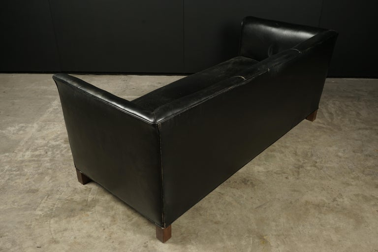 Vintage Leather Sofa Manufactured by Fritz Hansen, Denmark, circa 1960 For Sale 1