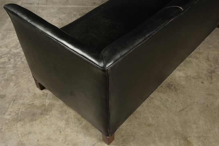 Vintage Leather Sofa Manufactured by Fritz Hansen, Denmark, circa 1960 For Sale 2