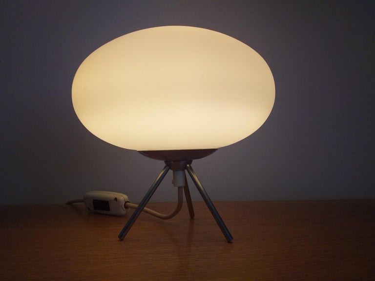 Midcentury Space Age Table Lamp, Italy, 1980s For Sale 4