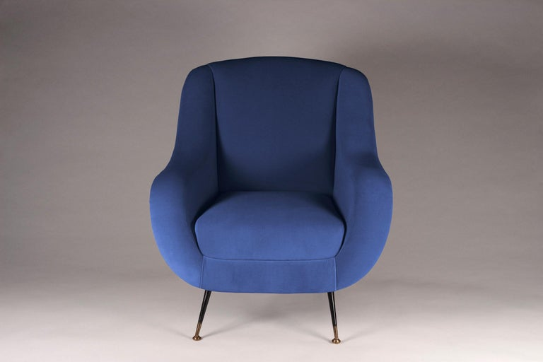 Midcentury Style Italian Lounge Chair in Blue In New Condition For Sale In London, GB