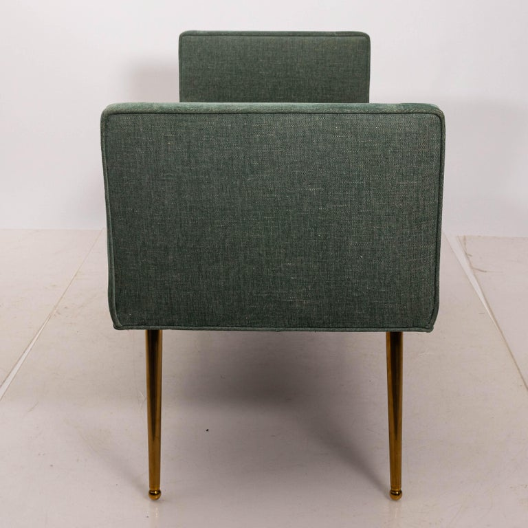 Midcentury Style Upholstered Armed Bench In Good Condition For Sale In New York, NY