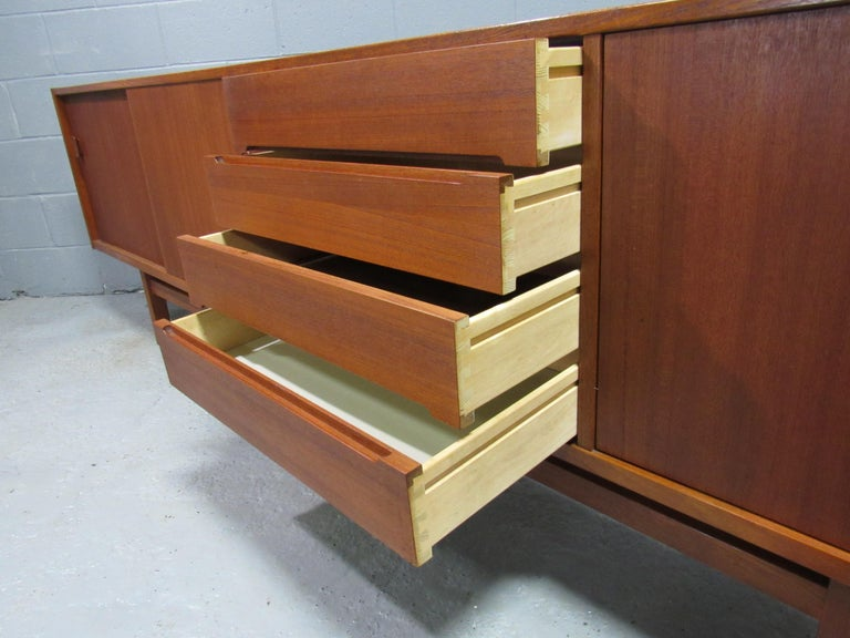 Midcentury Swedish Long Sideboard Credenza by Nils Jonsson for Hugo Troeds For Sale 6