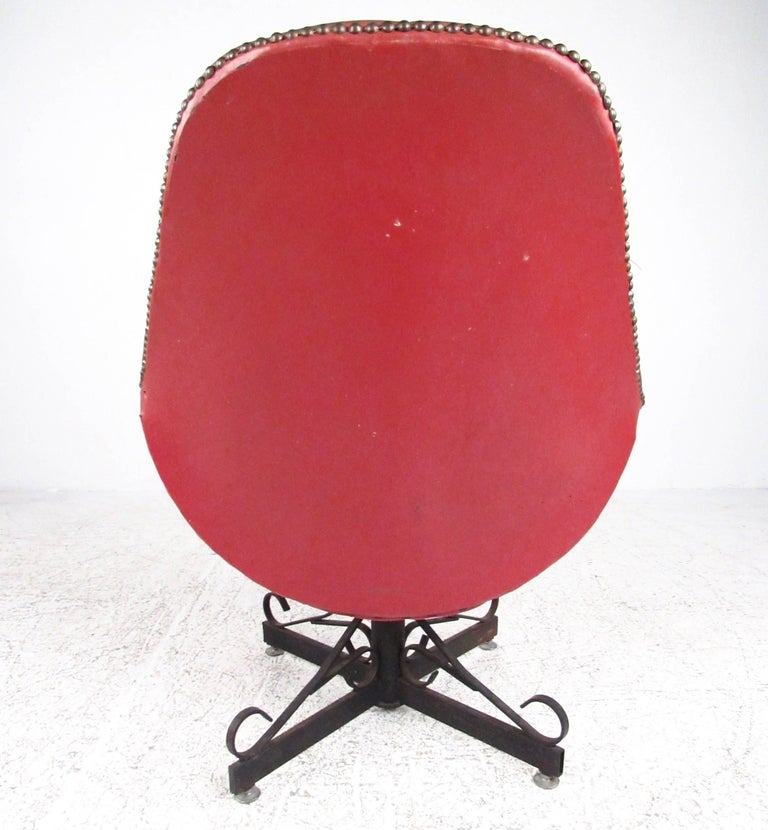 Midcentury Swivel Lounge Chair For Sale at 1stdibs