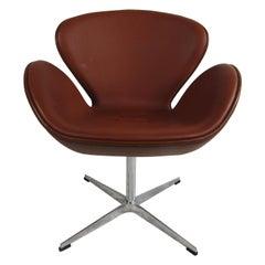 Midcentury Swiveling Swan Chair after Arne Jacobsen