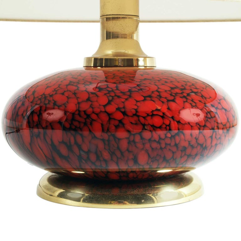 Mid Century modern Table Lamp in murano glass and gilt brass by Tommaso Barbi for Bottega Gadda, Milano Beautiful and elegant, without defects