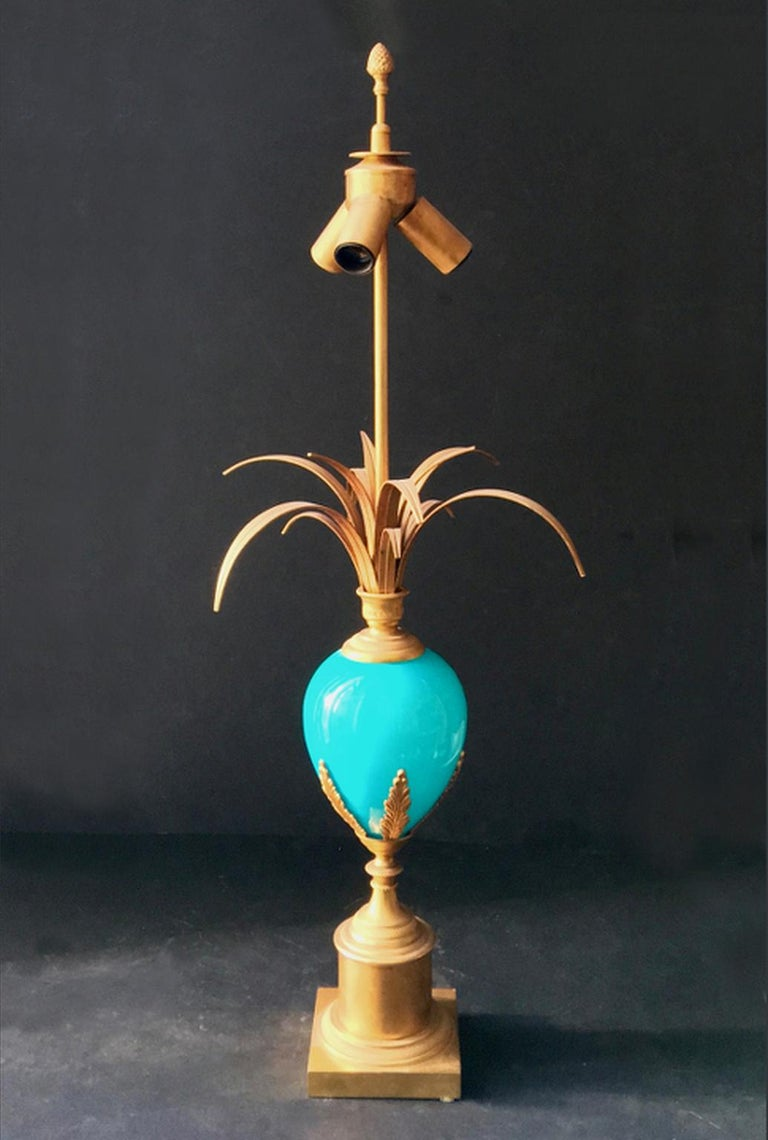 20th Century Midcentury Table Lamp with Blue Glass Egg in the Style of Maison Charles, France For Sale