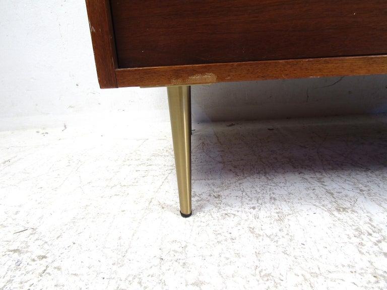 Midcentury Tall Dresser in Walnut For Sale 1