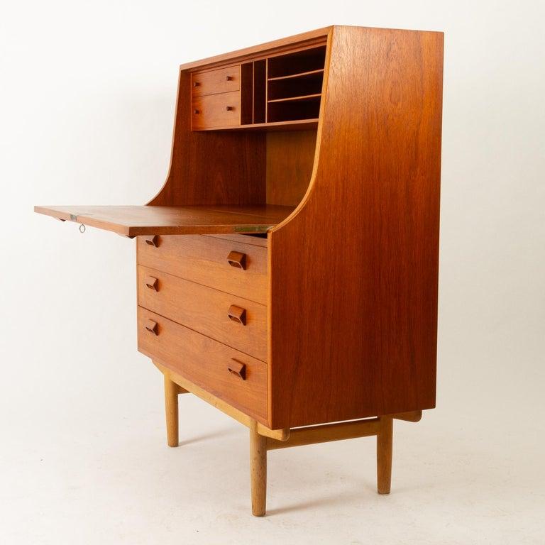 Midcentury Teak and Oak Secretaire by Børge Mogensen 1960s For Sale 14