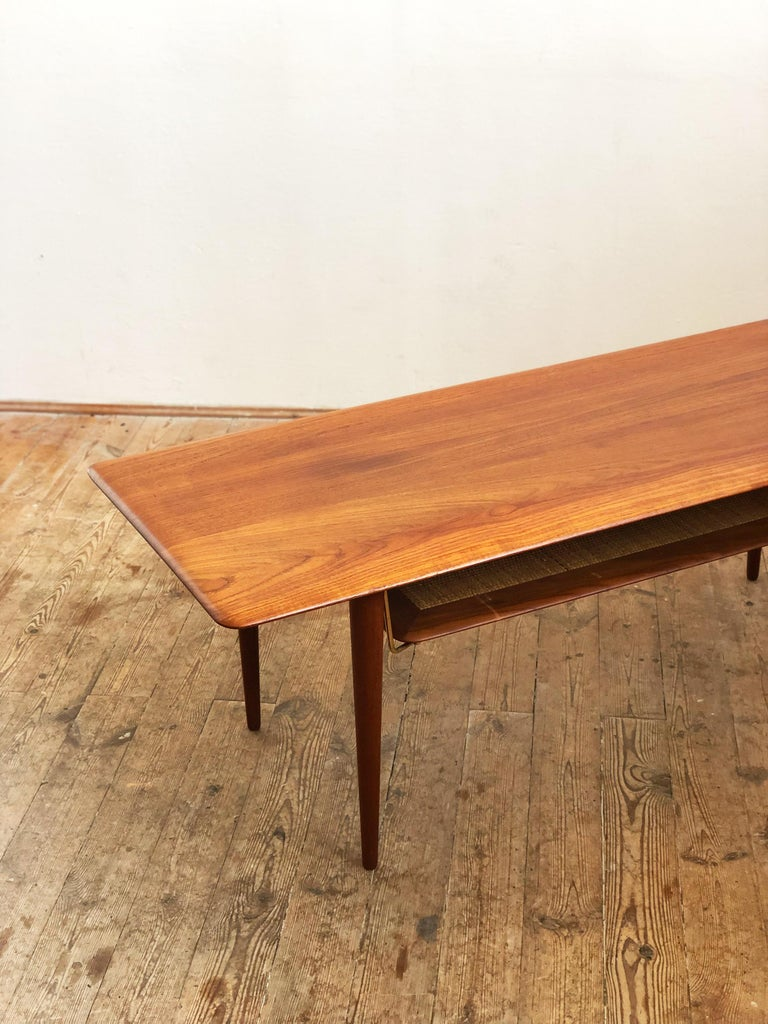Midcentury Teak Coffee Table by Peter Hvidt & Orla Mølgaard Nielsen In Good Condition For Sale In Munich, Bavaria