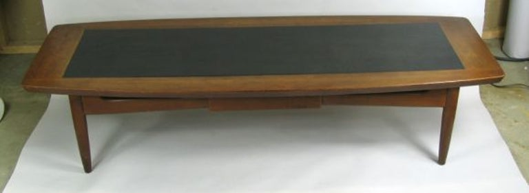 Mid Century Walnut  Coffee Table In Good Condition For Sale In Douglas Manor, NY