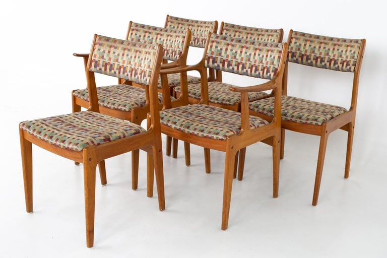 Mid Centuryteak dining chairs - Set of 6 Each chair measures: 19 wide x 20 deep x 33 high, with a seat height of 17.5 inches  All pieces of furniture can be had in what we call restored vintage condition. That means the piece is restored upon