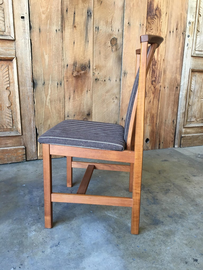 Mid Century Teak Dining Chairs Set of Eight For Sale 4