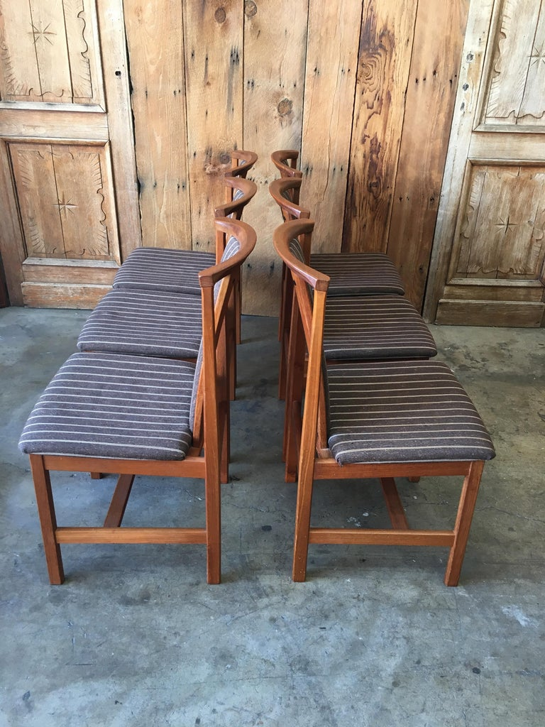 Mid Century Teak Dining Chairs Set of Eight For Sale 8
