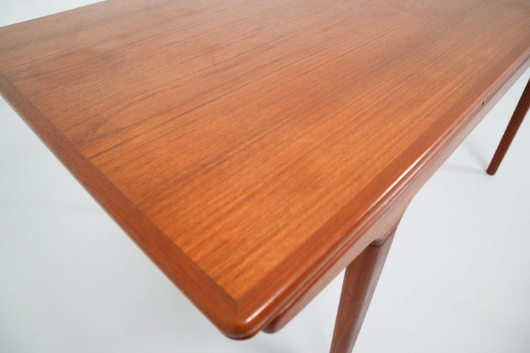 Danish Midcentury Teak Dining Table with Extensions by Niels Møller, Denmark, 1950s For Sale