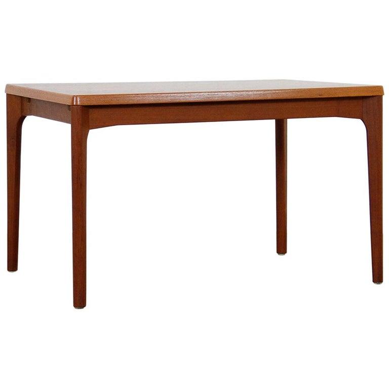Midcentury Teak Extendable Dining Table by Henning Kjærnulf, Denmark, 1960s For Sale