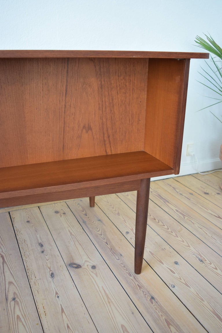 Mid-20th Century Midcentury Teak Kidney Shaped Desk, 1950s For Sale