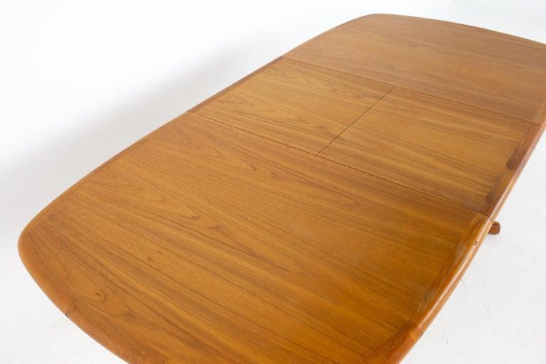 Mid Century Teak Oval Expanding Dining Table 5
