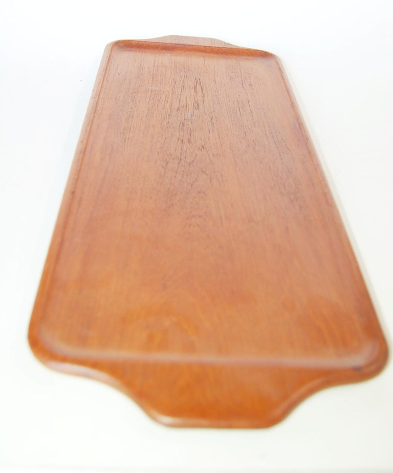 Midcentury Teak Serving Tray by Karl Holmberg Gotene 4 of 170, Sweden In Excellent Condition For Sale In Van Nuys, CA
