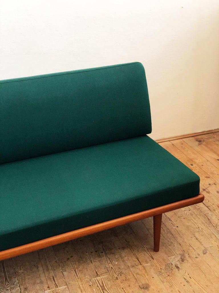 Midcentury Teak Sofa by Peter Hvidt & Orla Mølgaard Nielsen for France & Son For Sale 4