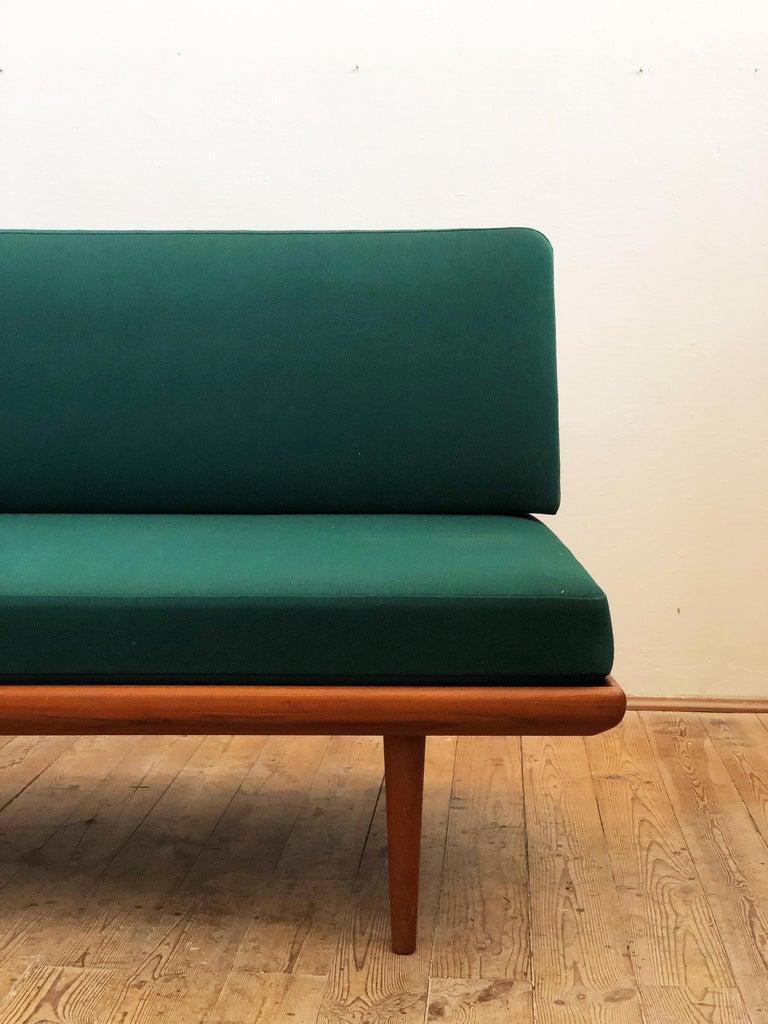 Midcentury Teak Sofa by Peter Hvidt & Orla Mølgaard Nielsen for France & Son For Sale 2