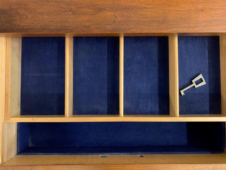 Mid-century Teak Streamline Credenza For Sale 2