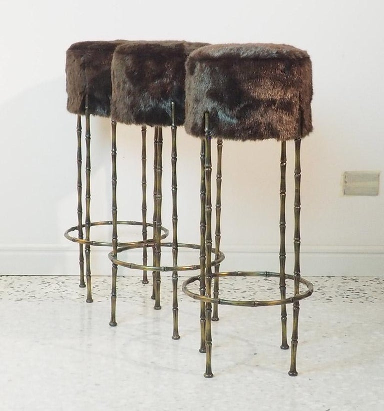 Mid Century Three Brass Stools with Faux Fur by Maison Jansen, France, 1970s In Good Condition For Sale In Milano, IT
