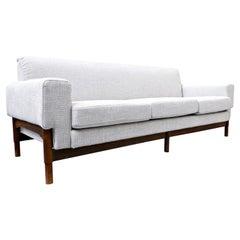 Mid-Century Modern White Three Seater Walnut Sofa by Sapiroti, Italy, 1960s