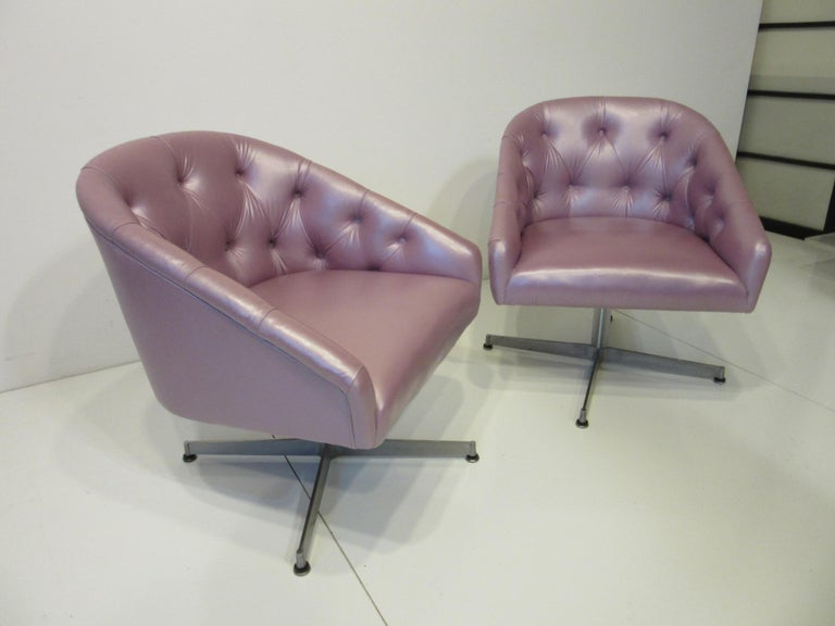 Midcentury Tufted Leatherette Swivel Chairs by Shelby Williams For Sale 4