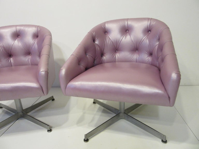 American Midcentury Tufted Leatherette Swivel Chairs by Shelby Williams For Sale