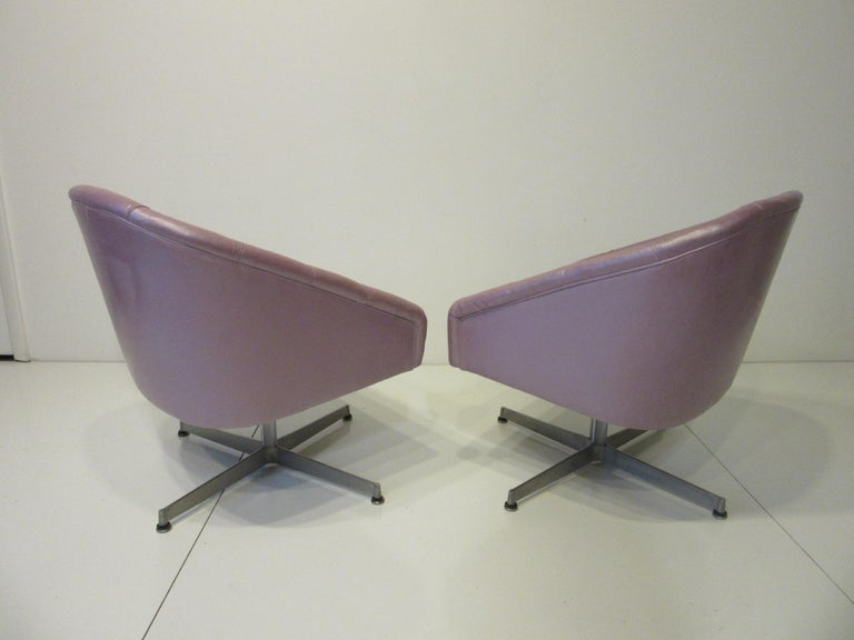 Upholstery Midcentury Tufted Leatherette Swivel Chairs by Shelby Williams For Sale