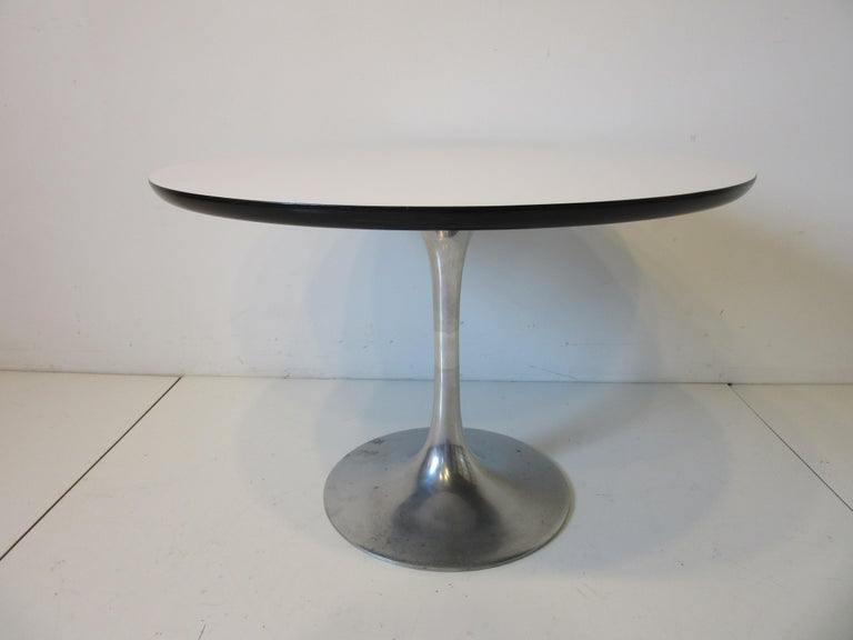Aluminum Mid Century Tulip Side / Lamp Table by Burke For Sale