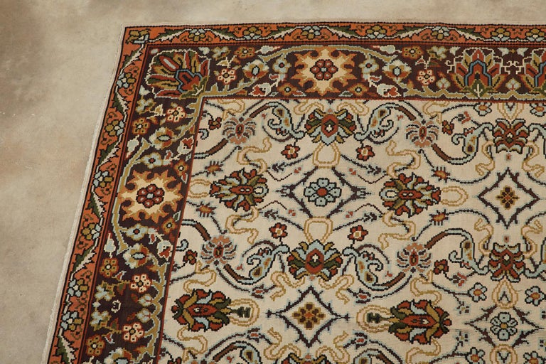 Midcentury Turkish Floral Thracian Kilim In Good Condition For Sale In Oakland, CA