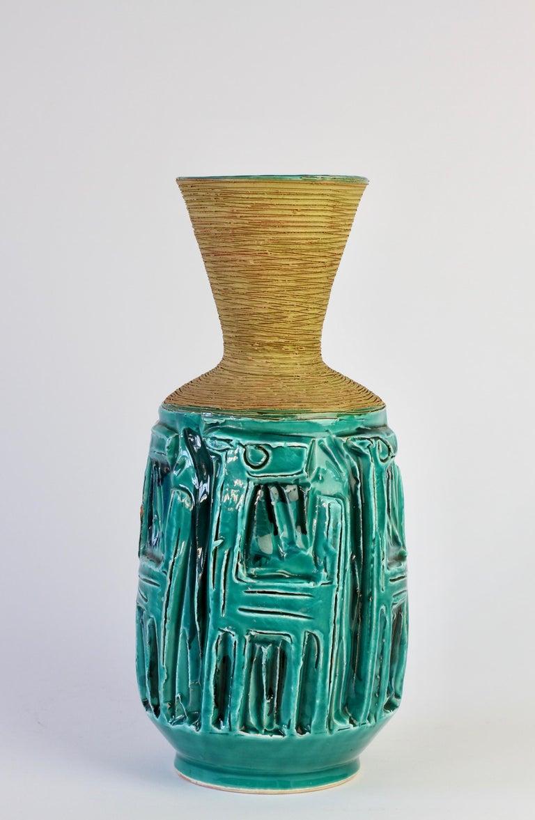 Embossed Midcentury Turquoise Italian Ceramic Vase by Fratelli Fanciullacci, circa 1960 For Sale