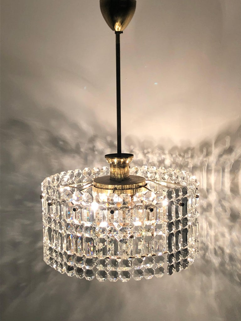Midcentury Two-Tiered Chandelier by Kinkeldey, Brass and Grip Crystal, 1960s For Sale 1