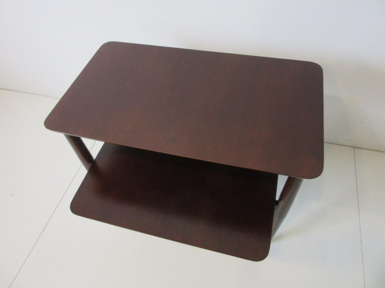Midcentury Two-Tiered Side Table In Good Condition For Sale In Cincinnati, OH