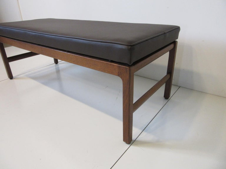 Mid-Century Modern Midcentury Upholstered Bench in the Manner of Jens Risom For Sale