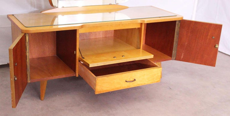 Midcentury Vanity Unit Dressing Table with or without Mirror German, circa 1970 In Good Condition For Sale In , South West France