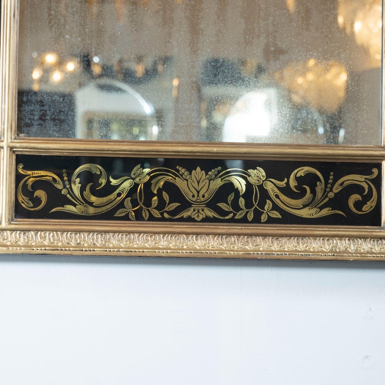 Mid-Century Modern Midcentury Venetian Reverse Églomisé Gilded Wall Mirror w/ Neoclassical Details For Sale