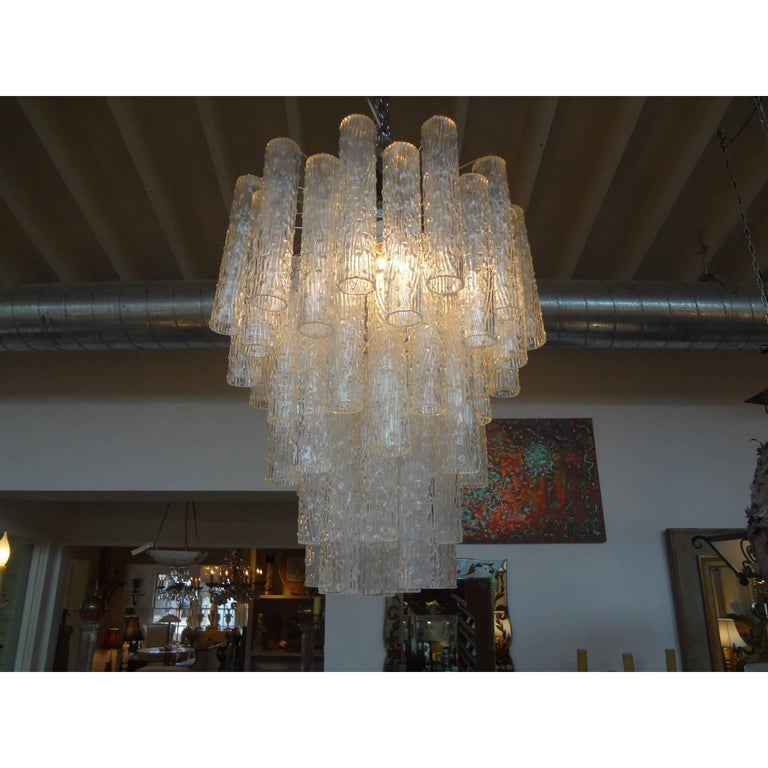 Midcentury Venini Style Italian Murano Glass Chandelier In Good Condition For Sale In Houston, TX