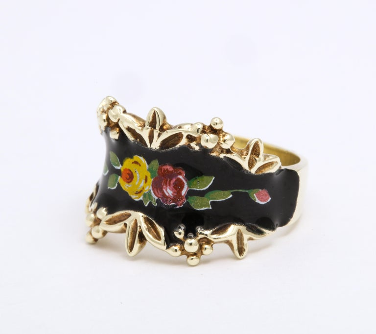 Mid Century Vintage Gold and Enamel Floral Spray Ring For Sale 1