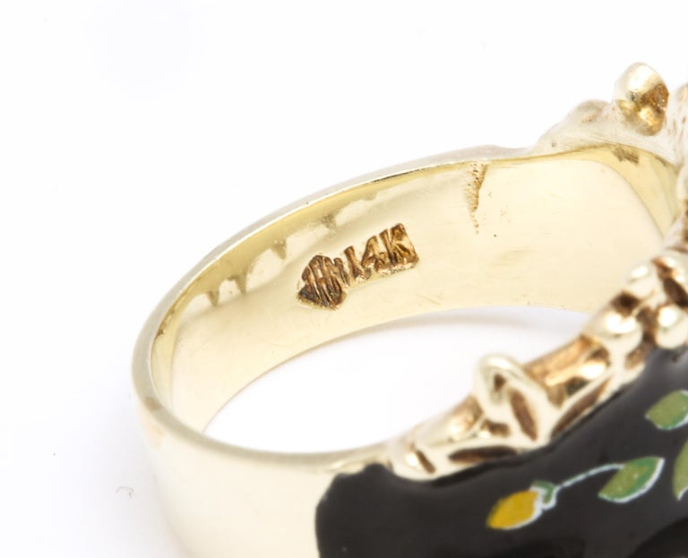 Mid Century Vintage Gold and Enamel Floral Spray Ring For Sale 2