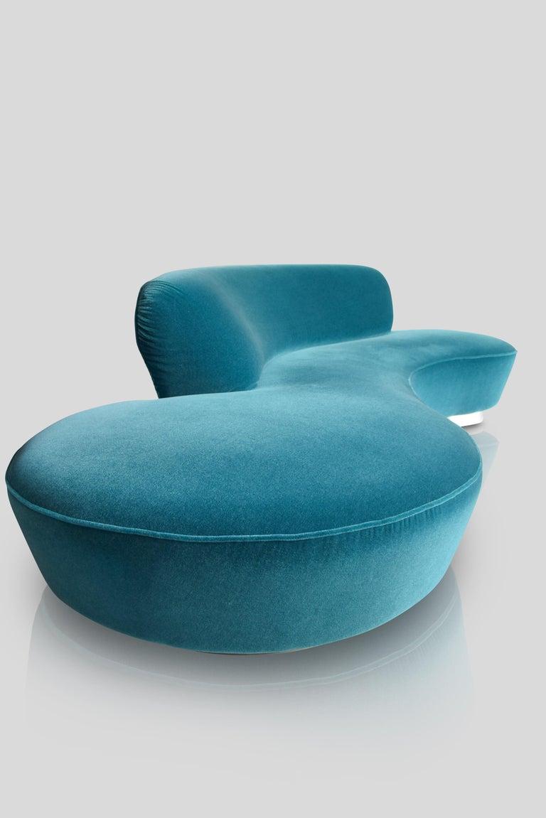 20th Century Mid-Century Vladimir Kagan Aquamarin Wool Mohair Organic Serpentine Sofa For Sale