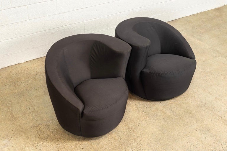 Late 20th Century Midcentury Vladimir Kagan for Directional Black Nautilus Lounge Chairs, a Pair For Sale