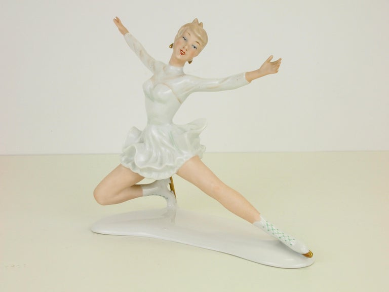Midcentury Wallendorf Porcelain Figurine Depicting Figure Skater Sonja Henie For Sale 5