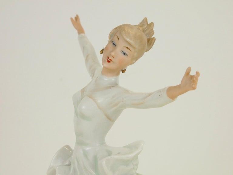 Midcentury Wallendorf Porcelain Figurine Depicting Figure Skater Sonja Henie For Sale 6