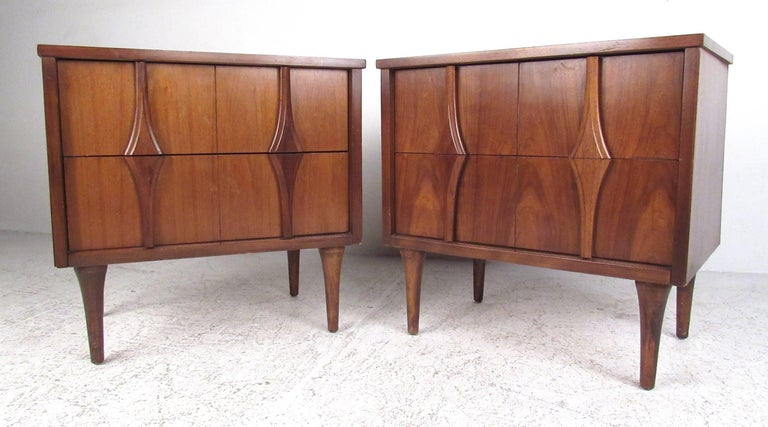 Mid-20th Century Midcentury Walnut Bedroom Suite by Coleman of Virginia For Sale