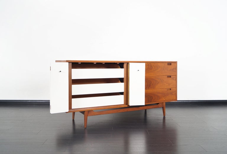 Mid-Century Modern Midcentury Walnut Credenza by American of Martinsville For Sale